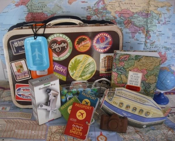 The 25+ best Travel gift baskets ideas on Pinterest   Vacation ...