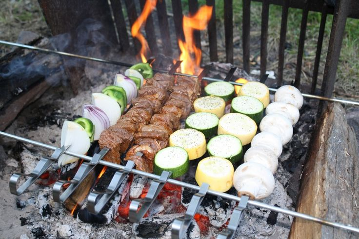 Simple camping recipe ideas: Yummy Fun, Camps Ideas, Recipes Ideas, Fun Recipes, Camps Menu, Ideas Camps Recipes, Simple Camps, Camps Food, Camping Recipes