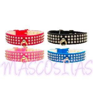Collares con 3 filas de cristales Swarovski en 4 preciosos colores: negro, azul, rosa y rojo. ¡Combínalo con la correa!