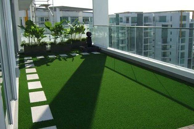 Terraza O Balcon Con Cesped Artificial Rumput Taman Kebun