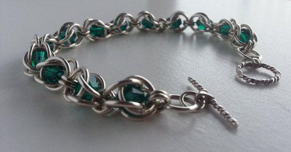 Bracciale Chainmaille-catturato cristalli di Merlmaille su Etsy