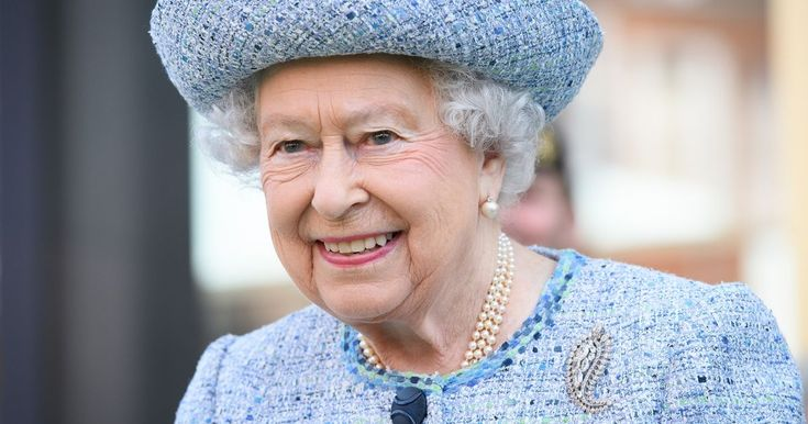 The Queen's traditional traditional list recognising public and private figures, sports stars and celebrities for their services to the country has been announced