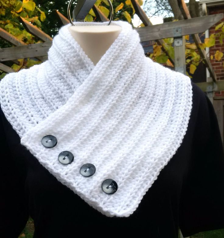 Handmade Crochet Neck Warmer With Buttons, Neck Warmer for Girls and Women by KlermiCrochet on Etsy