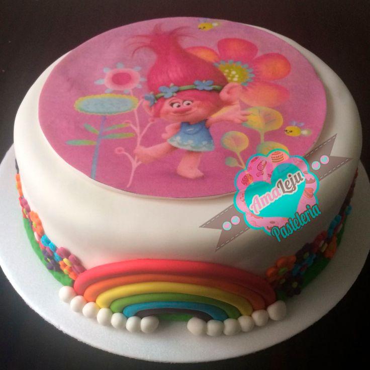 Torta Trolls Realiza tu pedido por; WhatsApp: 3058556189, fijo 8374484  correo info@amaleju.com.co Síguenos en Twitter: @amaleju / Instagram: AmaLeju