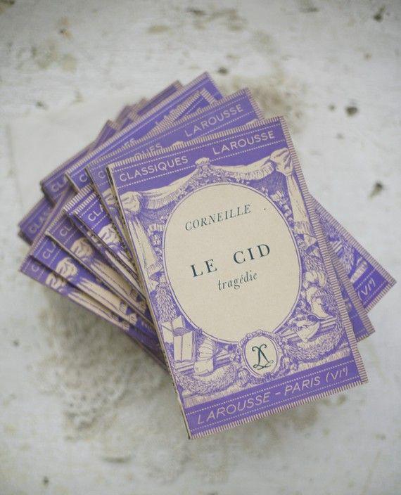on étudiait les Classiques dans ces petits livres à couverture violette !