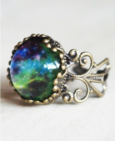 Vintage Morocco Gemstone Ring.  Fantastic! that stone looks like space.