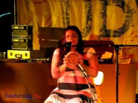 Palya Bea - Altatódal Liliannak - Kapolcs, Művészetek Völgye 2012 - YouTube
