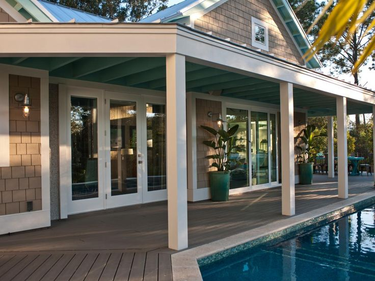 Smart Home 2013 Pool Borrowing Smart Design Elements From Floridau0027s  Earliest Vacation Homes, Deep Porch Overhangs Shade Outdoor Areas And Block  Sunlight ...