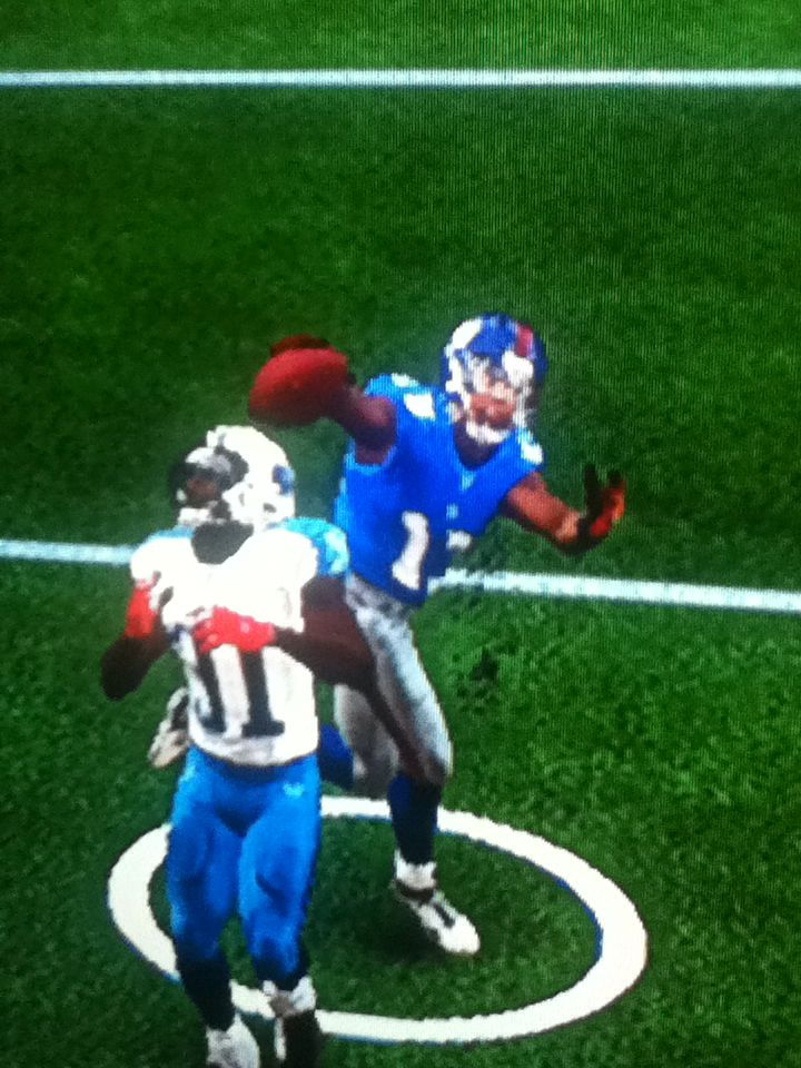 Odell catches ball one handed over defenders head Madden 15
