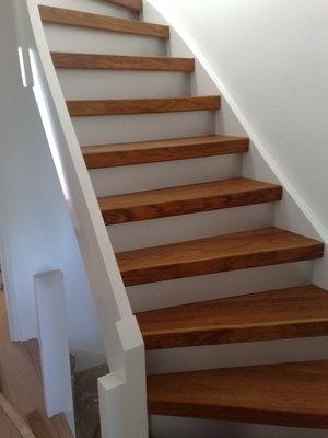 Niet alleen houten vloeren, maar ook houten trappen zijn geweldig. houten vloer trap renovatie 4