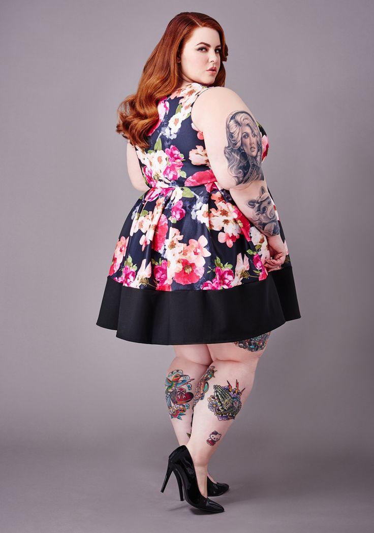 У беременной plus-size-модели Тесс Холлидей все-таки заметен живот : Тесс Холлидей / фото 2