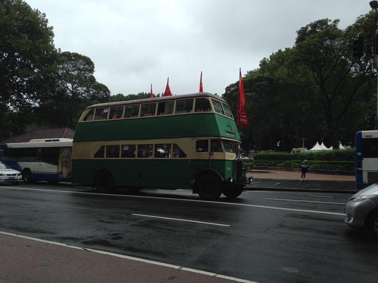 Vintage Bus Service Australia Day 2015
