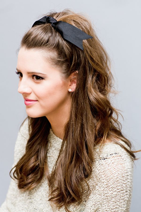 Half-up, half-down hairstyles are the best of both worlds! Finish this simple style with a bow for all your holiday season events. Check out these 10 best looks to find your dream hairstyle.