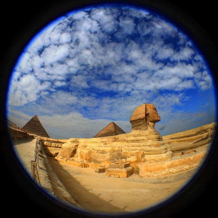 #Repost @jjjanover ・・・ The Sphinx and the Great Pyramid of Giza fisheye. Looking forward to returning to this epic spot in October with Nassim Haramein at The Resonance Academy Delegate Gathering... #Africa #Egypt #Giza #Sphinx #Pyramid #GreatPyramid #ancient #desert #fisheye #wideangle #travelgram #janover #JamieJanover #thesphinx #pyramids