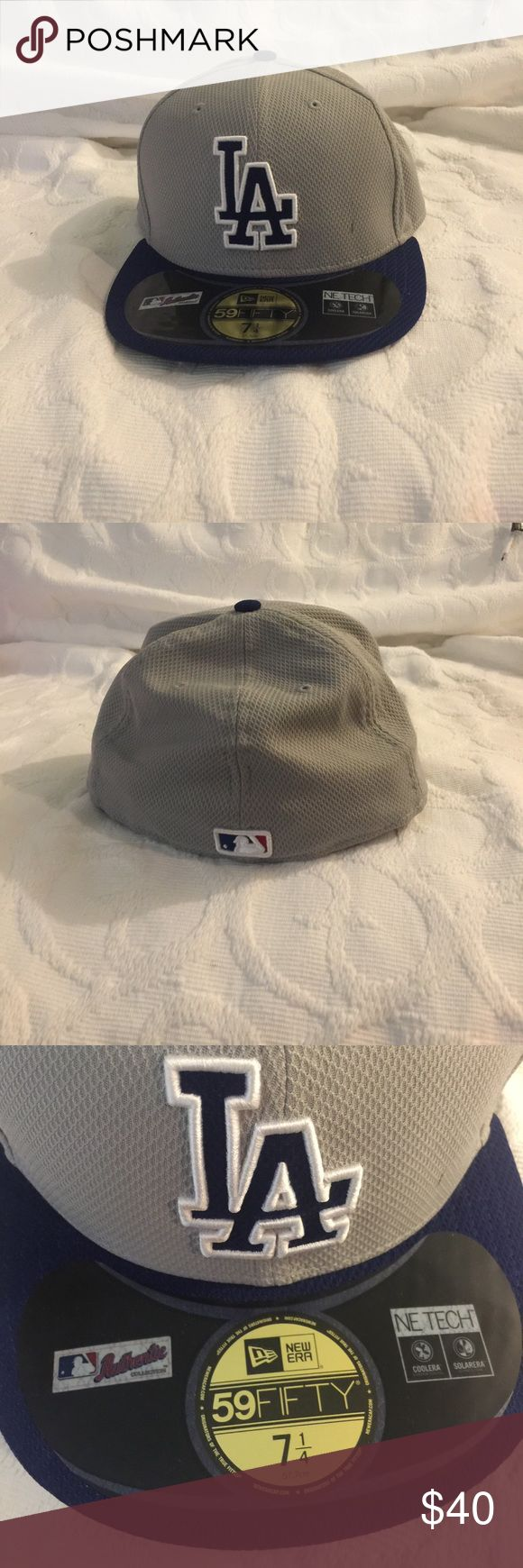 NWOT LA Dodgers Baseball Hat • Never worn • Size: 7 1/4, 57.7cm • Purchased at Lids store at the Westfield Garden State Plaza in Paramus, New Jersey New Era Accessories Hats