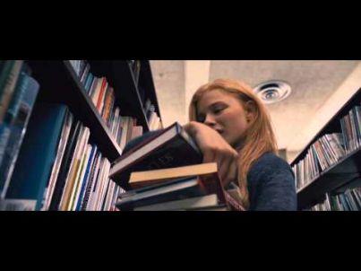 Lo sguardo di Satana Carrie - #trailer . Dal 16 gennaio 2014 al #cinema #film #horror #cinetimeit