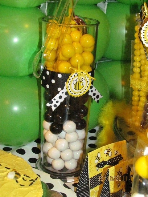 BUMBLE BEE DECORATION 58
