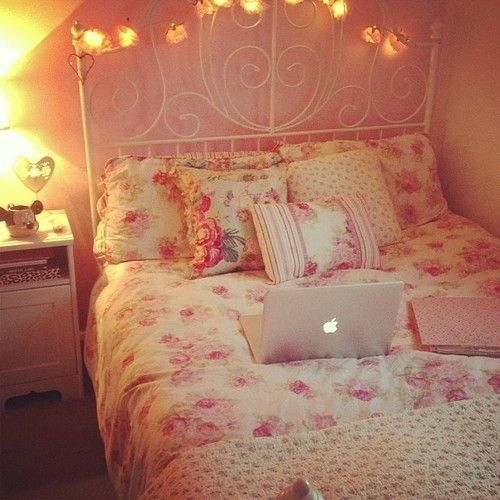 Bedroom Arrangement App Heart Bedroom Accessories Black And White Bedroom Teenage Bedroom Wallpaper Flowers: 44 Best Girly Room Style And Decor Images On Pinterest