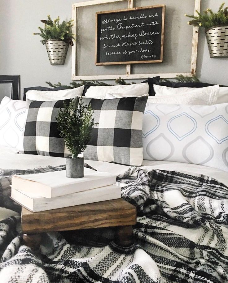 Colors For The Small Bedroom Black And White Eternity For
