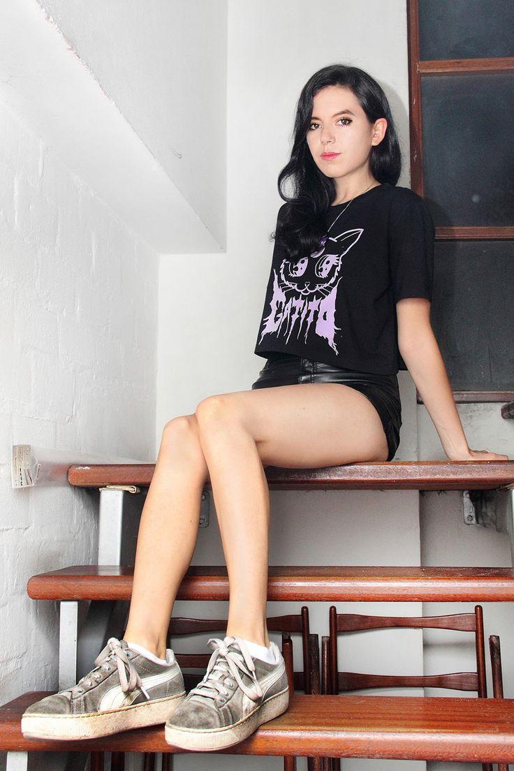 Mariana Montenegro de Dënver volvió a Lima por tercera vez. Pero esta ocasión no vino con su banda indie pop, sino qu...