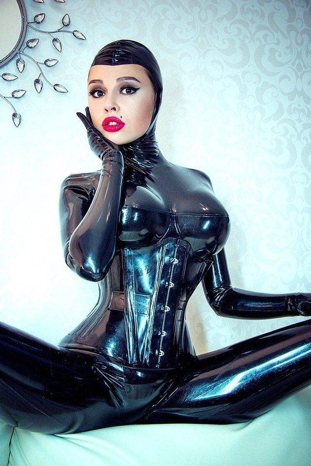 Super busty latex, free hardcore blowjobs picture galleries