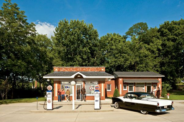 Where they once sold oil and tires, these restored Southern gas stations now pump out everything from pies to gardening supplies. Newby Gulf Gas Station and College Inn Athens, AL During its heyday in the 1940s and '50s, Newby Gulf Gas Station and College Inn diner next door served as a c...