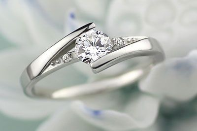 Love this promise ring!