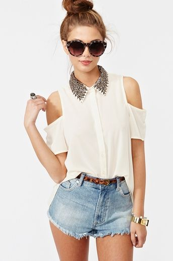 Lush Clothing - Studded Collar Blouse in Cream