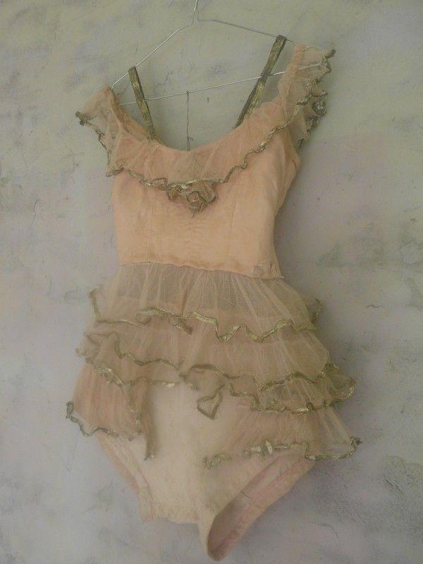 antiek ballet-kostuum circus-kostuum antique circus costume   verkochte artikelen/sold   De Merel Brocante webwinkel