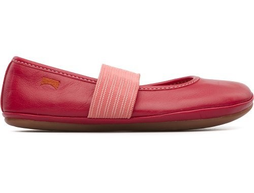 For Spring Summer 2013 Camper presents Right, a red Mary Jane shoe made of full grain leather.