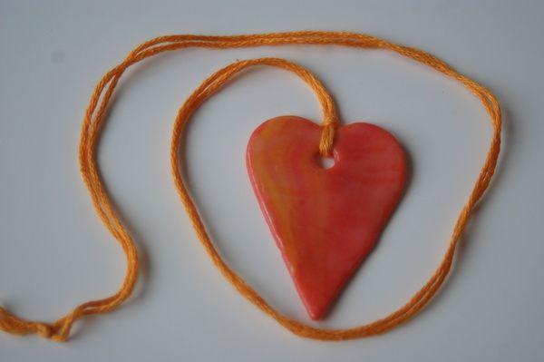 walentynkowy naszyjnik z modeliny Valentine necklace with clay diy