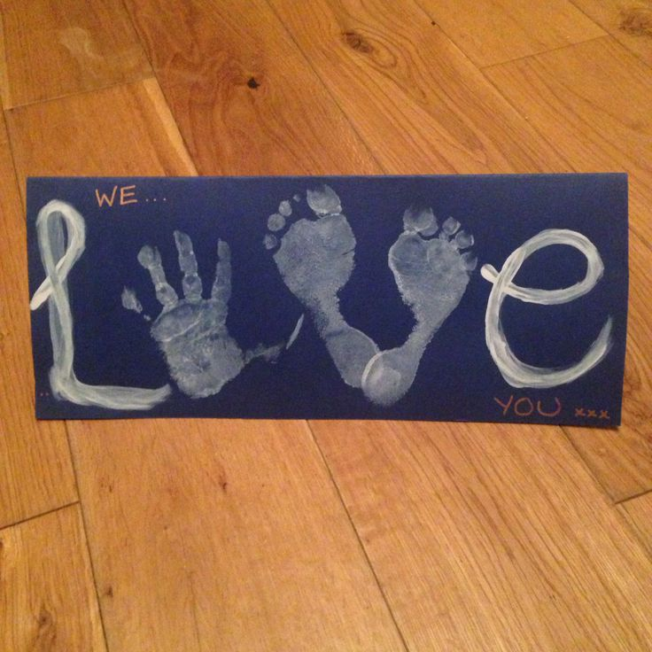 "Hand print ""Love"" card"