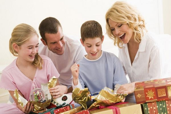 Use your e-gift cards wisely and save money with Voucher Codes UAE