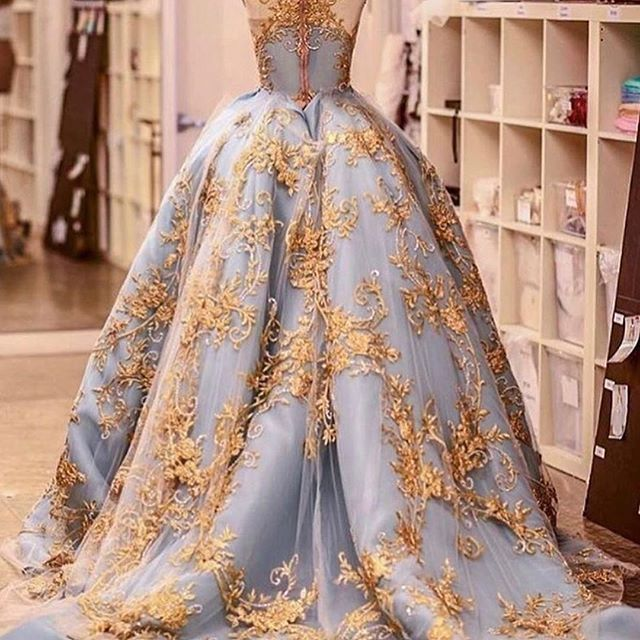 Pin By Avenda On انيتا Dresses Fashion Dresses Gowns