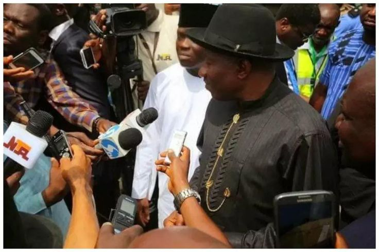 26 years after kingship tussle, peace returns to ex-President Jonathan's home town - http://www.thelivefeeds.com/26-years-after-kingship-tussle-peace-returns-to-ex-president-jonathans-home-town/