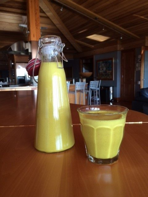 This #Health Boosting #Turmeric Milk was a cinch to make! Feel your #immune system light up from the first sip. #nutrition #eatclean #eatcleandiet #morning #eatingclean #cleaneating #turmericmilk #superfood #toscareno #recipe