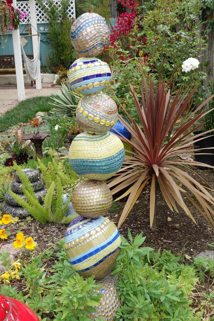 Mosaic totem pole  Outdoor Statues  Mosaic garden Mosaic garden art Mosaic furniture