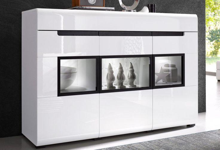 HEKTOR 43 KOMODA - komoda 3 drzwiowa z 1 szufladą, drzwi z opcją cichego domyku Praktyczne połączenie i funkcjonalnośi i oryginalnej stylistyki