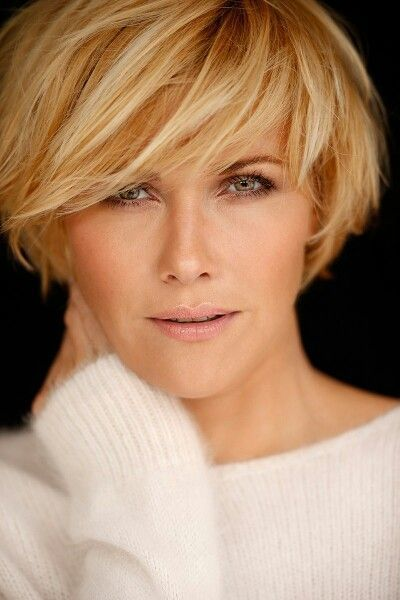 *** Refreshing short hairstyles at the beginning of the week! Wow ... great!