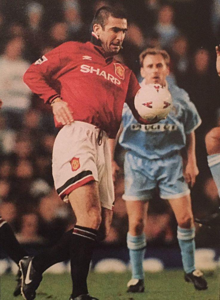 Cantona était une légende à united, disputant 205 matchs et. Pin on The King