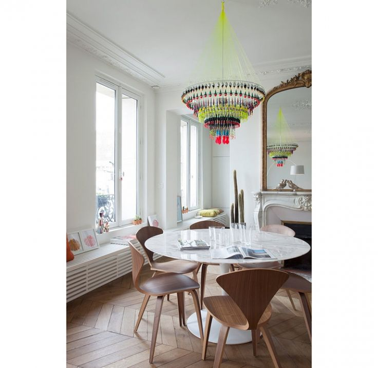 25 beste idee n over parijs woonkamers op pinterest gouden woonkamers frans woonkamers en - Hedendaagse stoelen eetkamer ...