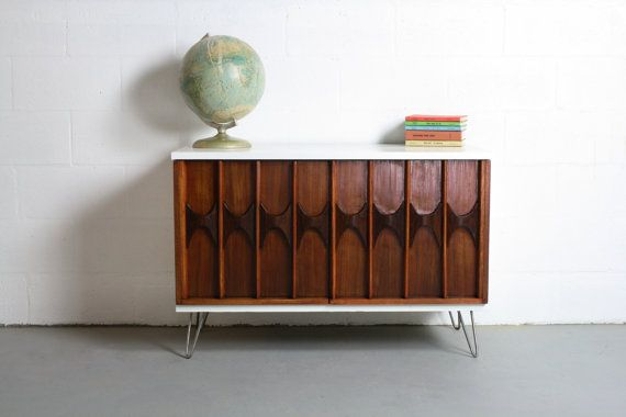 Mid Century Modern Inspired Sideboard Buffet Bar Credenza Changing Table TV Cabinet