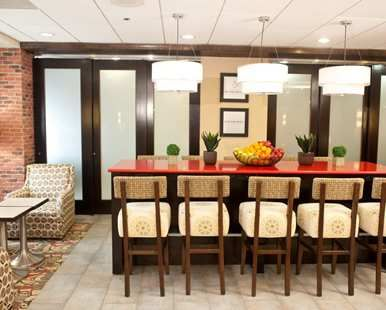 Hampton Inn Hammond Hotel, LA - Breakfast Area