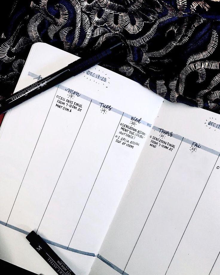 Bullet journal weekly layout, minimalist bullet journal weekly layout, vertical daily log, highlighted date headers. @divjournal