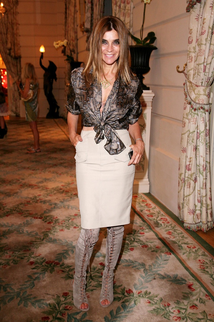 Just found this lady she is 59 and French ex editor of French Vogue Carine Roitfeld - so about to hunt more photos.....