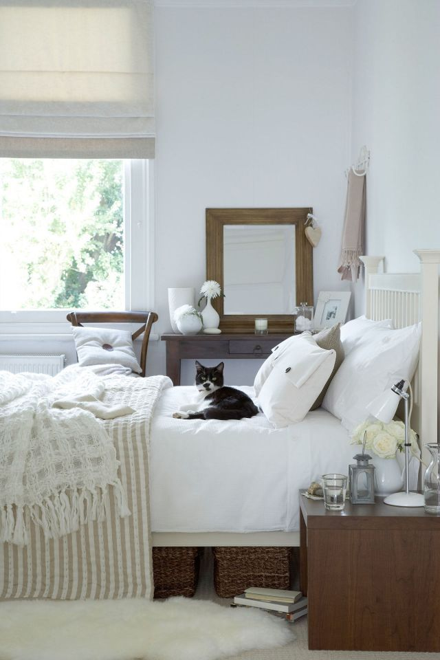 best 25 fuzzy rugs ideas on pinterest fuzzy white rug down comforter bedding and white down comforter