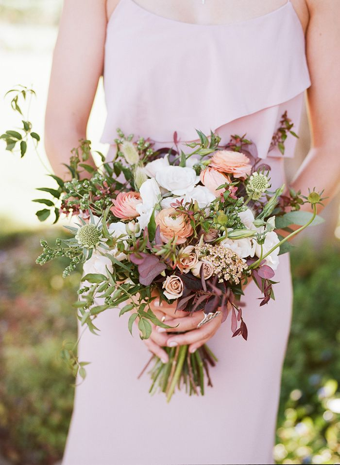 swooning over this bouquet | French-Inspired Fall Wedding Ideas