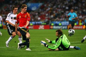 Jens Lehmann says referee favoured Spain over Germany in Euro 2008 Final