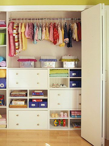 Storage Tips for Kids' Closets     Think small when organizing clothes closets for young kids. Small drawers, cubbies, and storage bins make it easy for kids to find what they're looking for without making a mess. Keep clothing in short stacks in shallow drawers so they don't have to riffle through huge piles. Put toys and books on open shelves in plain sight where they are easy to grab and put away. Use baskets and boxes to keep small items orderly. Keep these storage containers small, too…