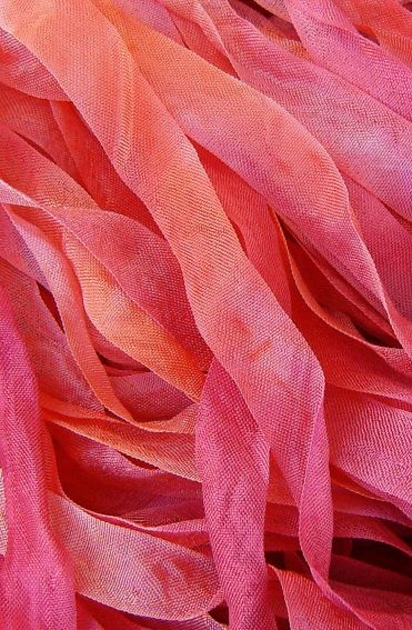 Yummy orange and pink seam binding - a) gorgeous colors....b) this is a cool thing to photograph up close....